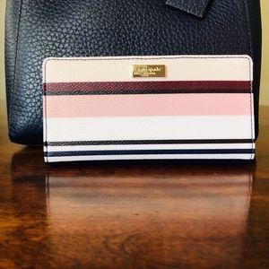NWOT Kate Spade ♠️ Coated Canvas Wallet